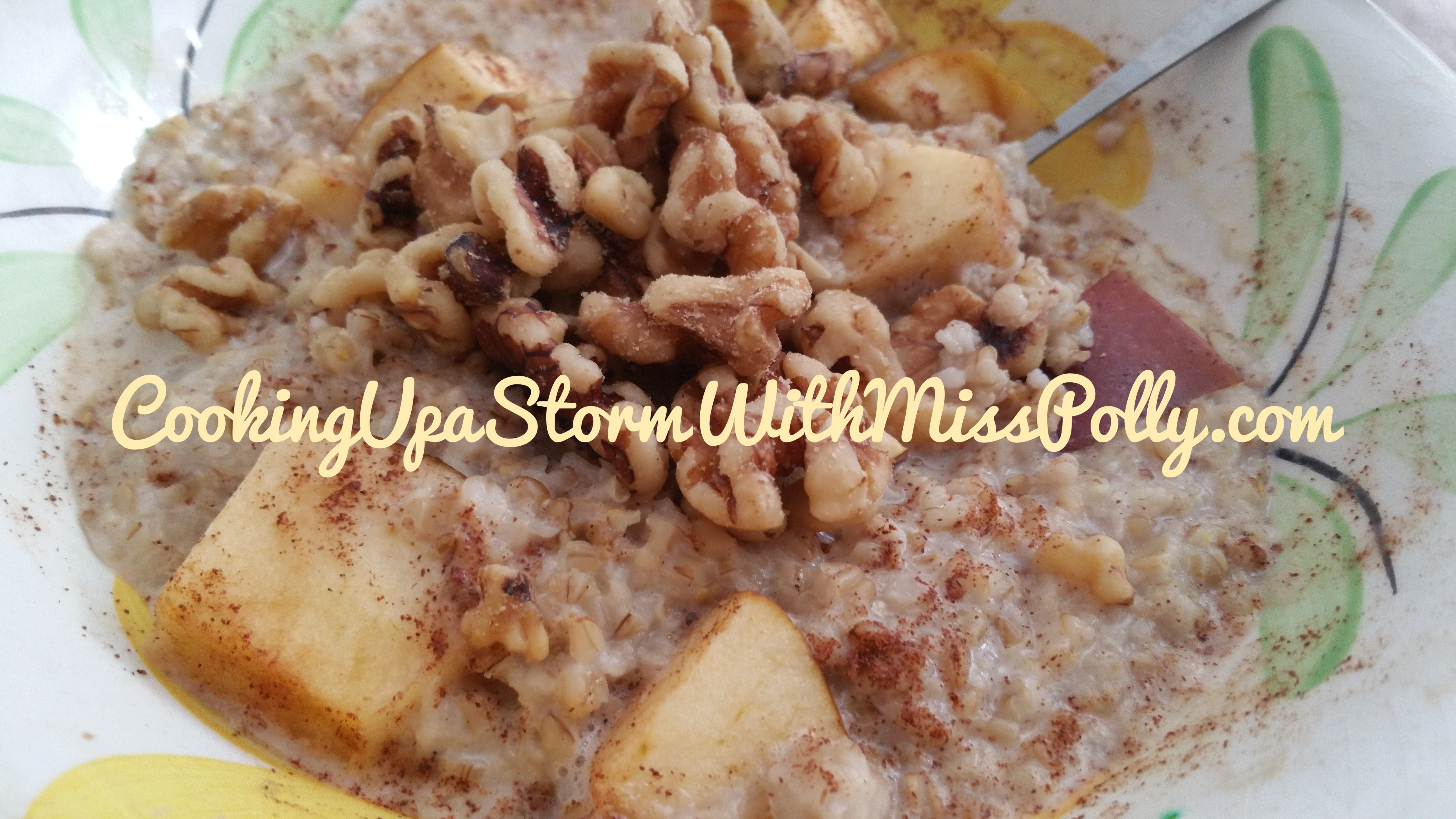 Steel Cut Apple Cinnamon Walnut Oatmeal to fuel a Super Healthy, Productive Day